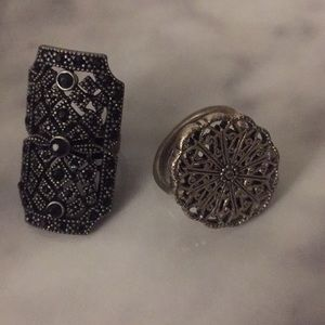 Jewelry - Two rings for a cheap price!